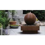 Asaka BOULE 60 Corten s podstavcem - sklobetonová fontána exteriér