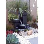 Coupelles Bronze - sklobetonová fontána exteriér